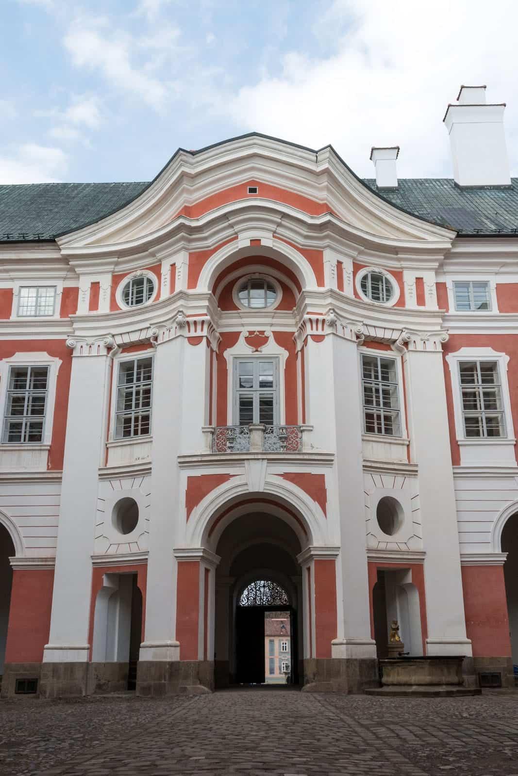 Benediktínský klášter